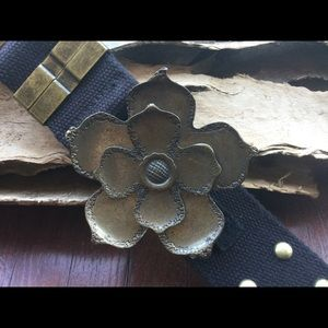 Handcrafted ITS US Brass Flower Buckle and Belt